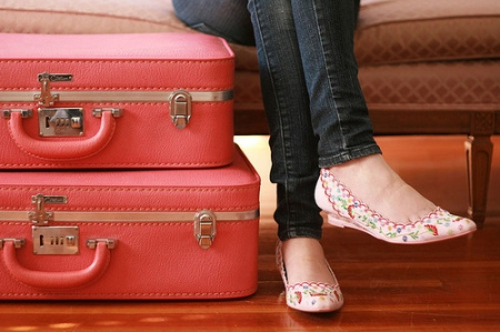 cute-fashion-girl-pink-shoes-suitcase-Favim.com-80452_large